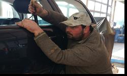 Dellentechnik bei H+S KFZ Werkstatt und Scherpf Sven KFZ werkstatt in Würzburg, Mit der Lackschadensfreien Ausbeultechnik ist es möglich Parkplatzdellen, Hagelschäden sowie Transportschäden, OHNE aufwendige und oft teure Lackierarbeiten zu entfernen.