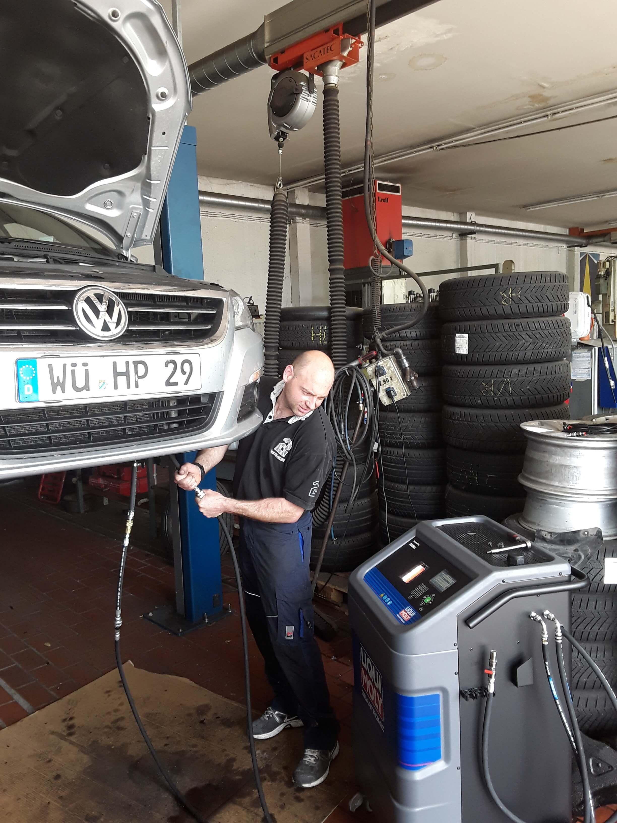 Automatikgetriebeöl wechsel würzburg, Automatikgetriebe Ölspülung würzburg, Automatikgetriebe Spülung Würzburg